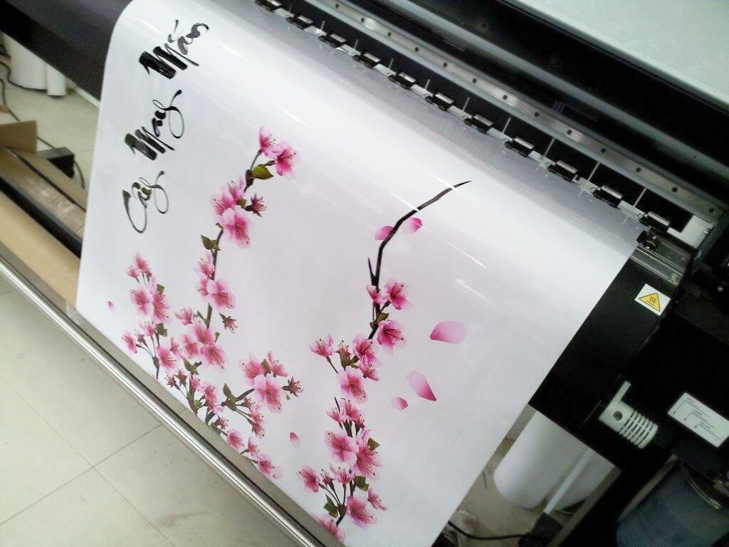 In decal trong suốt để dán kiếng