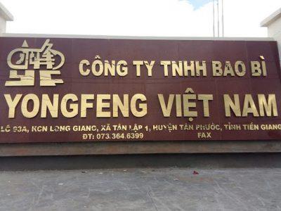 Bảng chữ nổi inox lắp đặt cho công tu nước ngoài